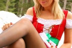 sexy_christmas_girs_05